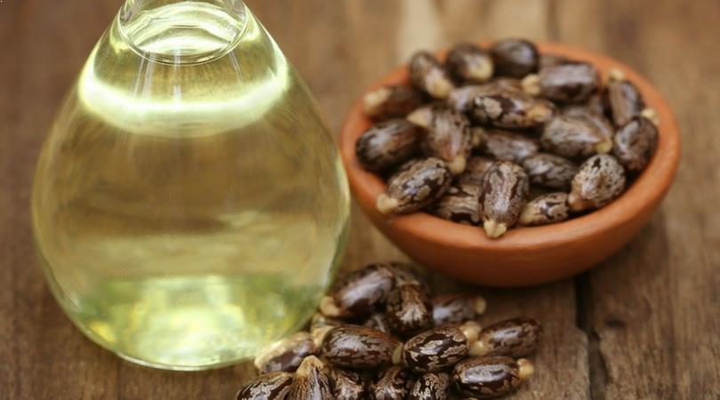 Rizinus Öl gegen Augenringe