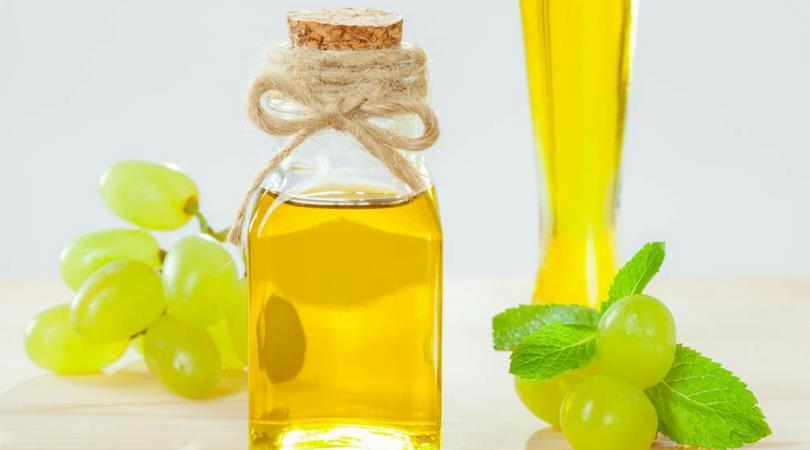 Traubenkernöl gegen Augenringe