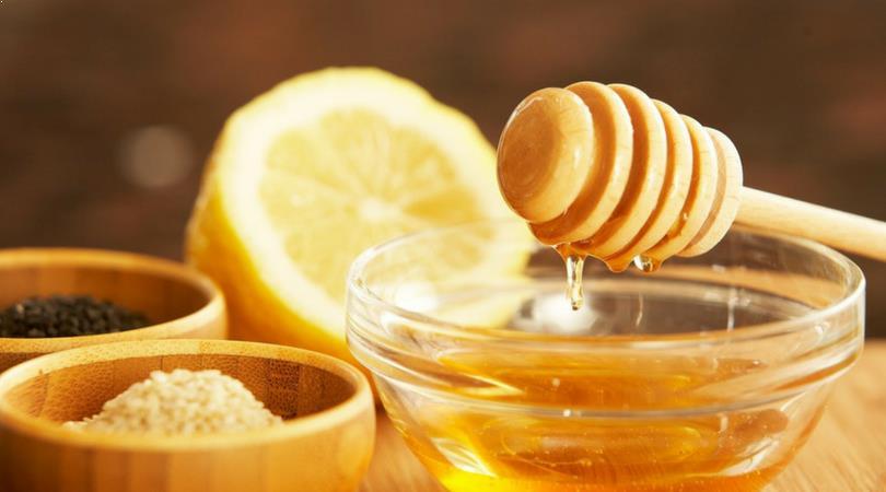 Honig gegen Augenringe